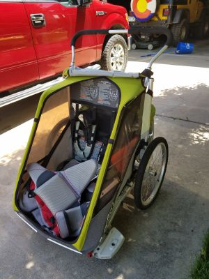 CHARIOT bike trailer with tons of accessories