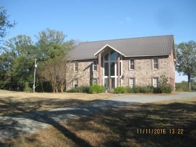 3 Bed 5 Bath Foreclosure Property in Farmerville, LA 71241 - Loch Lomond Dr