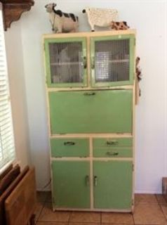 Sweet Country Estate Sale