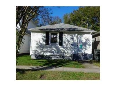 3 Bed 2 Bath Foreclosure Property in Norfolk, VA 23509 - Peronne Ave