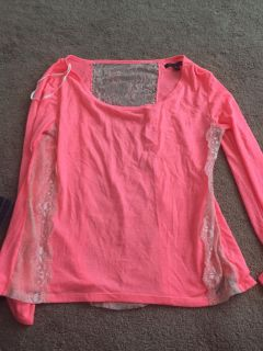 American Eagle Light weight shirt size small