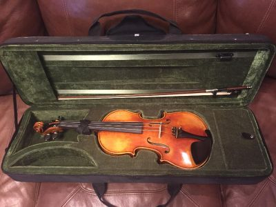 New 4/4 Violin, Case and Bow