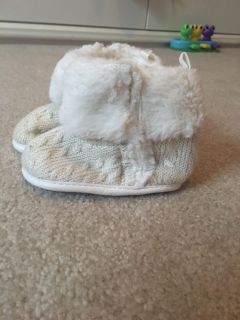 Crib boots winter excellent condition