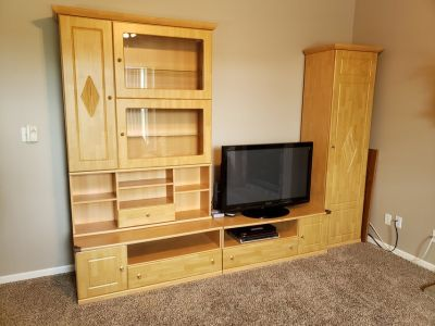 5-piece Entertainment Center
