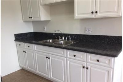 Spacious, Newly remodeled 2 bed/2 bath Apartment in excellent location