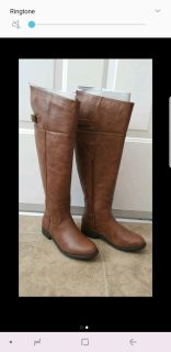 New in Box brown riding boots size 6