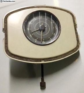 1952 Barndoor Deluxe Dash Clock, Complete, Nice