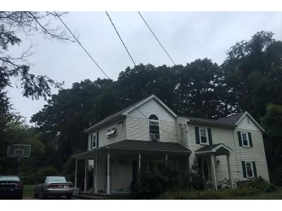 4 Bed 2 Bath Preforeclosure Property in Wayland, MA 01778 - Plain Rd