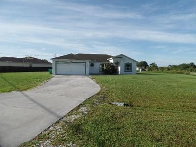 3 Bed 2 Bath Foreclosure Property in Port Saint Lucie, FL 34986 - NW Topaz Way