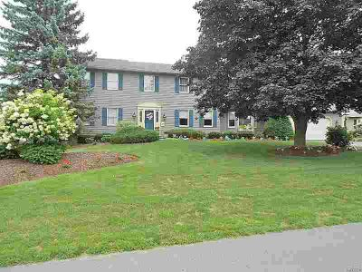 4787 Hyde Road Manlius Four BR, What a spacious home on a