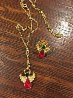 Vintage angel necklace and matching pin