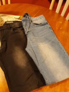 Men skinny jeans size 32x32..34x32 ($10 for both)