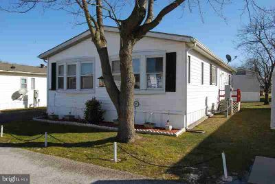 603 Tee Jay Ln Dundalk, Two BR, Two BA mobile home w/white