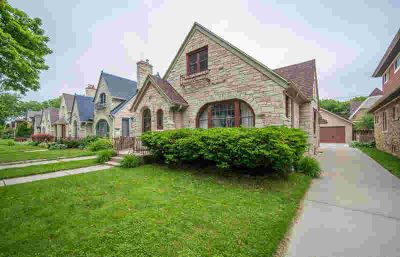 2540 N 62nd ST Wauwatosa, Larger Than it Looks Three BR/Two Full BA