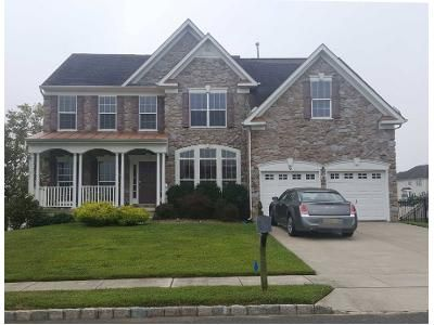 4 Bed 2.5 Bath Preforeclosure Property in Sicklerville, NJ 08081 - Scenic Point Cir