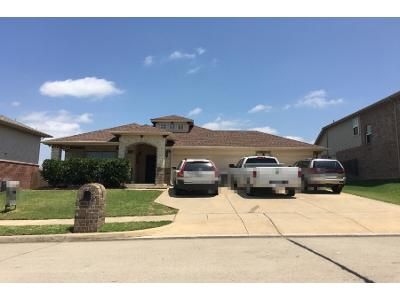 3 Bed 2 Bath Preforeclosure Property in Krum, TX 76249 - Feather Crest Dr