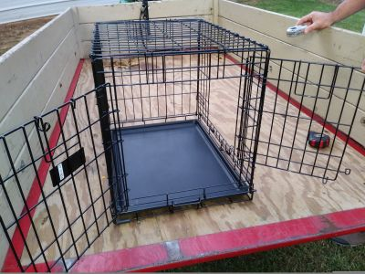 Top paw 2 door dog kennel 24 inch