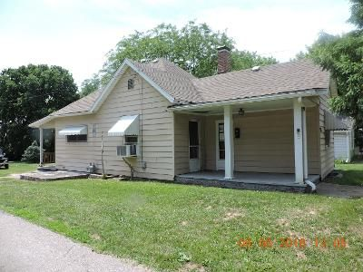 3 Bed 1 Bath Foreclosure Property in Danville, IL 61832 - Cleveland Ave