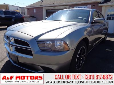 2012 Dodge Charger SE (Gray)