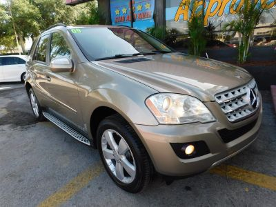 2009 Mercedes-Benz M-Class ML350 (Gold)