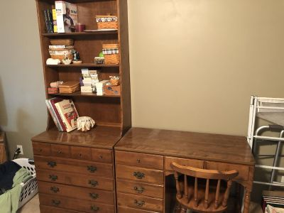 Ethan Allen book shelf and desk