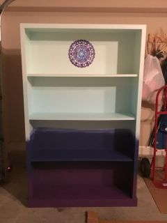 Ombr bookcase