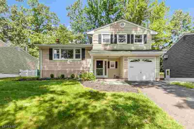 2093 Mapleview CT Scotch Plains Three BR, ATTENTION BUYERS