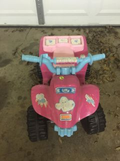 Ride on 4 wheeler- charger included runs great!
