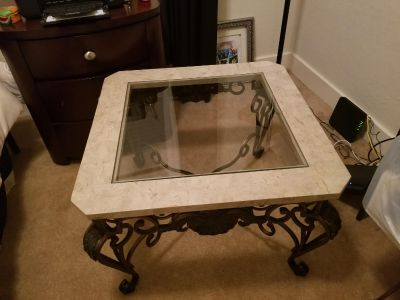 2 End Tables (cross posted)