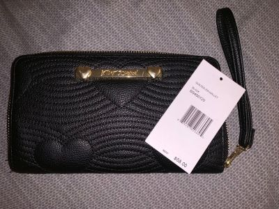 Betsey Johnson Wallet w/tag