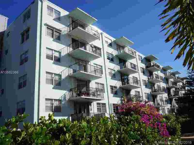 12500 NE 15th Ave 312 North Miami, Welcome to this Move-in