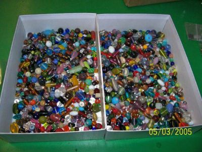 1,000 Gorgeous Glass Beads
