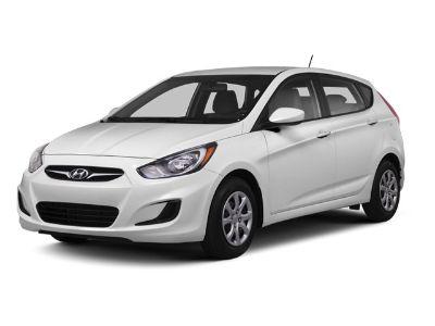 2013 Hyundai Accent SE (Century White)