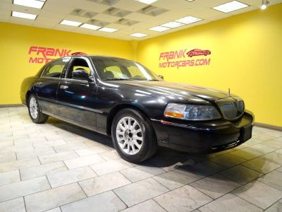 2006 Lincoln Town Car Signature (Black)