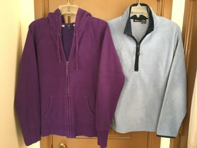 Purple Gap sweatshirt and a pale blue fleece pullover. Both are a size large. Good condition!