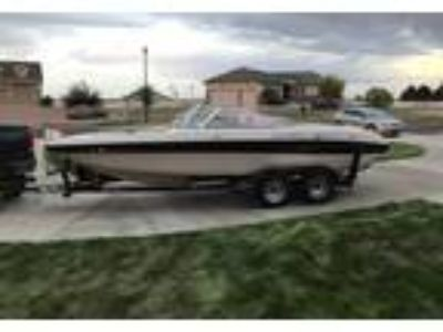 2005 Reinell 203-BR Power Boat in Brighton, CO