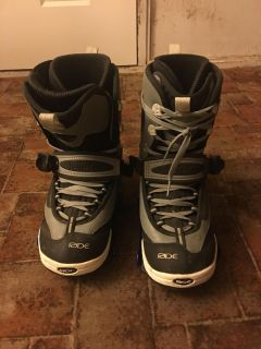 Ride snowboard boots with bindings size 12
