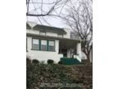 Two BR One BA In Oakmont PA 15139
