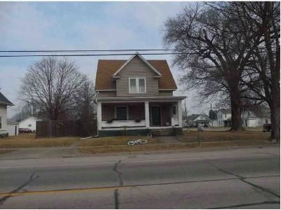 2 Bed 1 Bath Foreclosure Property in Roseville, IL 61473 - E Penn Ave