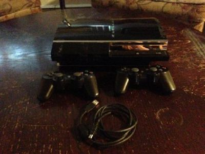 80 Gig PS3 (Original 2nd Gen) - Can Play PS1 and PS2 Games -