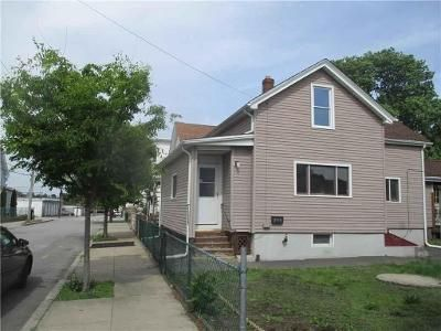 4 Bed 1 Bath Foreclosure Property in Pawtucket, RI 02860 - Patterson Ave