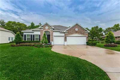 37 Hollyhock CT. HOMOSASSA Four BR, GORGEOUS 2016 Maronda Custom