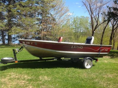 SSV 14 ft Lund Boat and Trailer