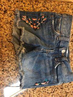 Jean shorts Old Navy size 5