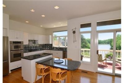 Bright Reston, 4 bedroom, 3.50 bath for rent