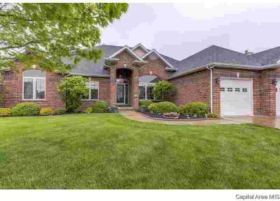 1413 Meadow Rue Springfield, Come see this stately Three BR/2.5