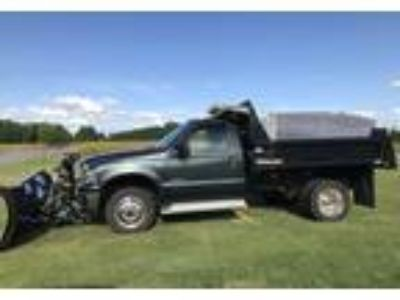 2004 Ford F550 Truck in Hagaman, NY