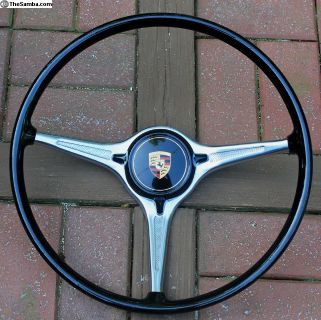 B/C Steering Wheel and Horn Button