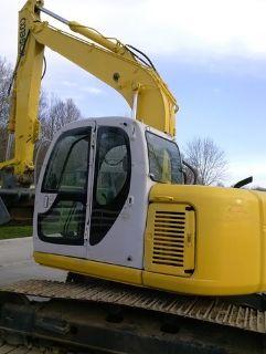 2005 Kobelco SK135SR Crawler Excavator
