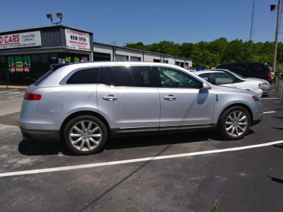2010 Lincoln MKT Base (Silver)